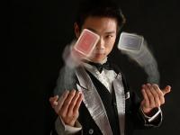 魔术变脸表演