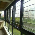 可拆卸防护隐形纱窗